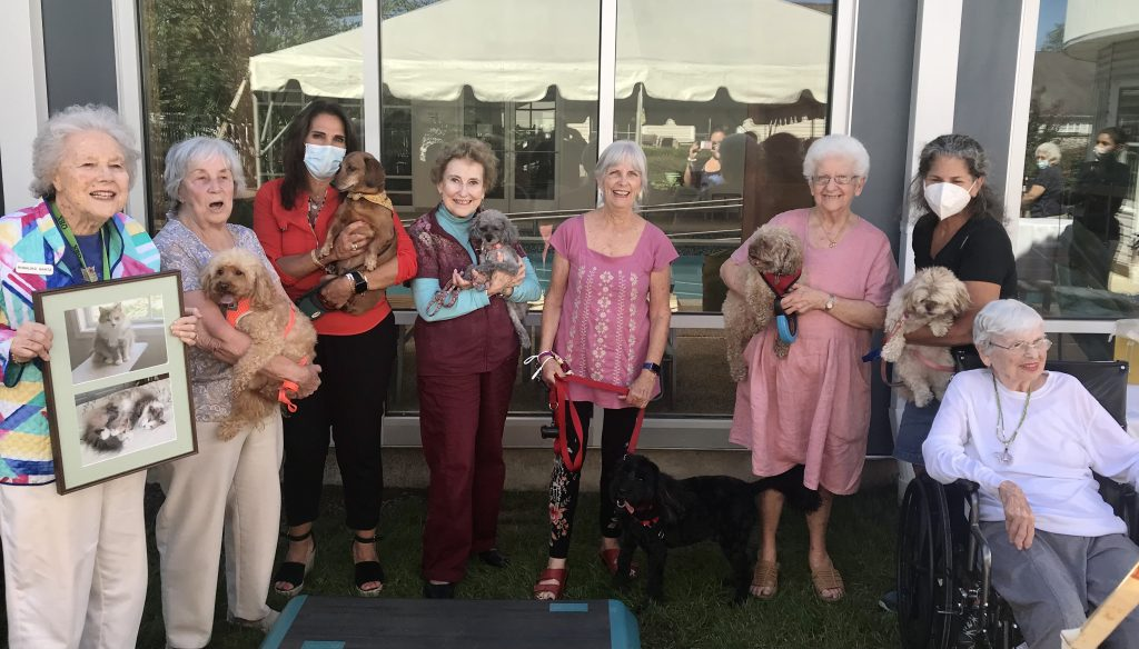 Crane's Mill Pet Friendly Community - dogs, cats, birds are welcome
